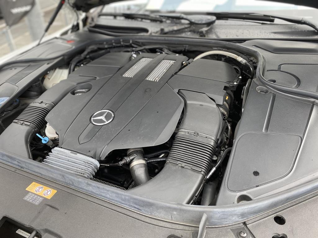 希少!V6エンジン搭載のW222型Sクラス